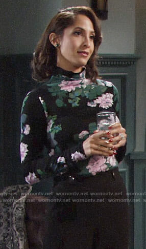 Lily's floral turtleneck on The Young and the Restless
