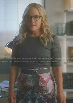 Linda's grey printed belted dress on Lucifer