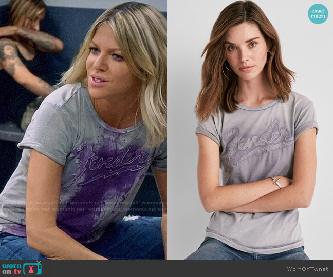 Lucky Brand Fender Applique Tee worn by Kaitlin Olson on The Mick