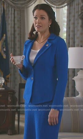 Mellie's blue blazer and skirt on Scandal