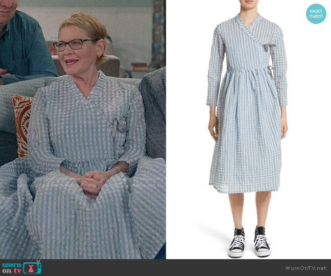 Shrimps Hermione Gingham Seersucker Dress worn by Dianne Wiest on Life in Pieces