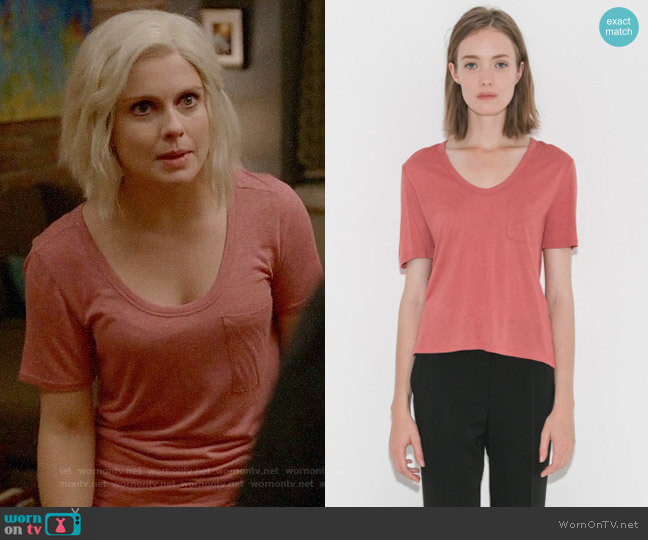 T by Alexander Wang Cropped Tee w/ Chest Pocket  worn by Liv Moore (Rose McIver) on iZombie
