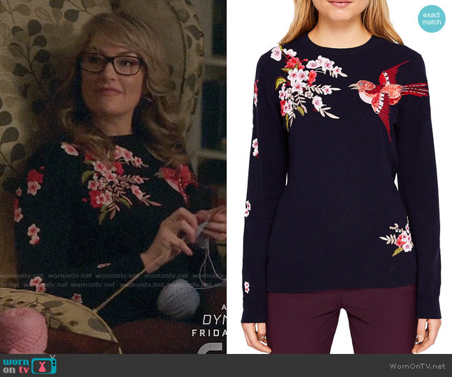 7883d8430 Ted Baker Auroraa Bird Blossom Embroidered Sweater worn by Alice Cooper  (Mädchen Amick) on