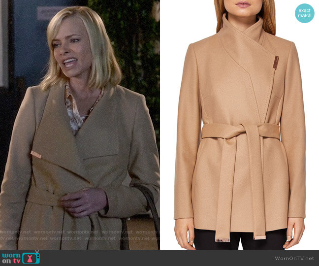 Ted Baker Keyla Coat worn by Jaime Pressly on Mom