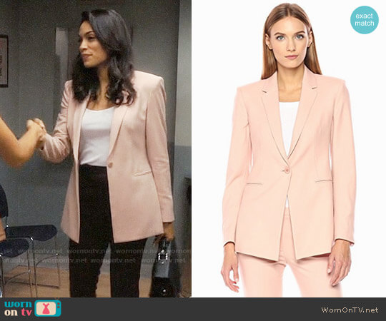 Theory Power Blazer in Chalk Pink worn by Rosario Dawson on Jane the Virgin