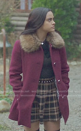 Veronica's purple fur collar coat on Riverdale