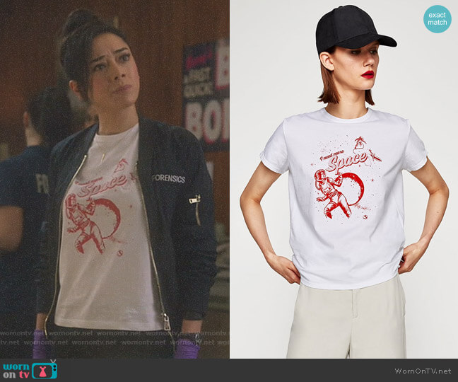 Astronaut T-Shirt by Zara worn by Aimee Garcia on Lucifer