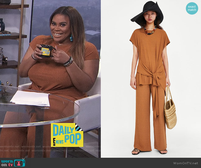 Textured T-Shirt with Knot and Textured Weave Trousers by Zara worn by Nina Parker  on E! News