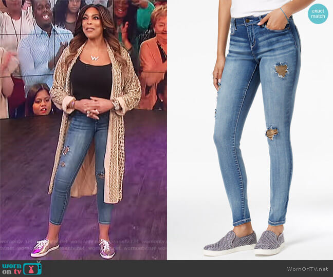 Juniors Metallic Rip & Repair Skinny Jeans by Black Daisy worn by Wendy Williams  on The Wendy Williams Show