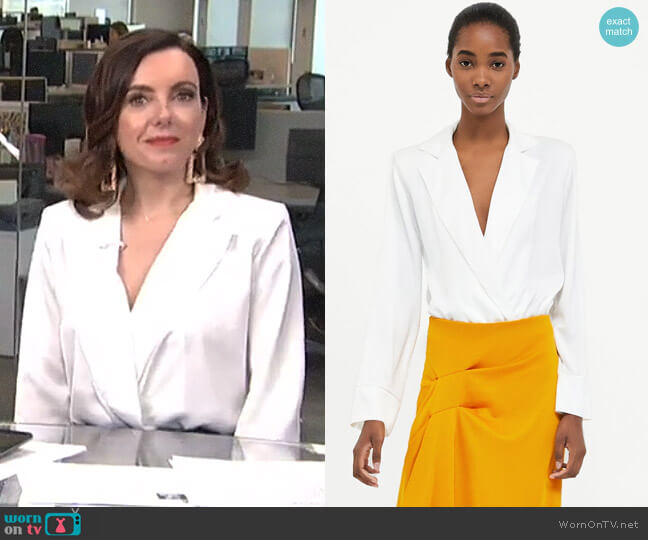 Bodysuit with Shoulder Pads by Zara worn by Melanie Bromley  on E! News