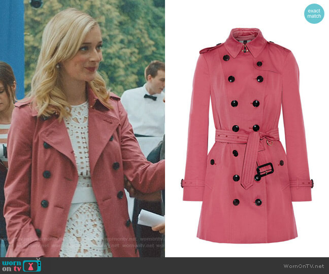 The Sandringham Mid Cotton-Gabardine Trench Coat by Burberry worn by Serena (Caitlin FitzGerald) on UnReal