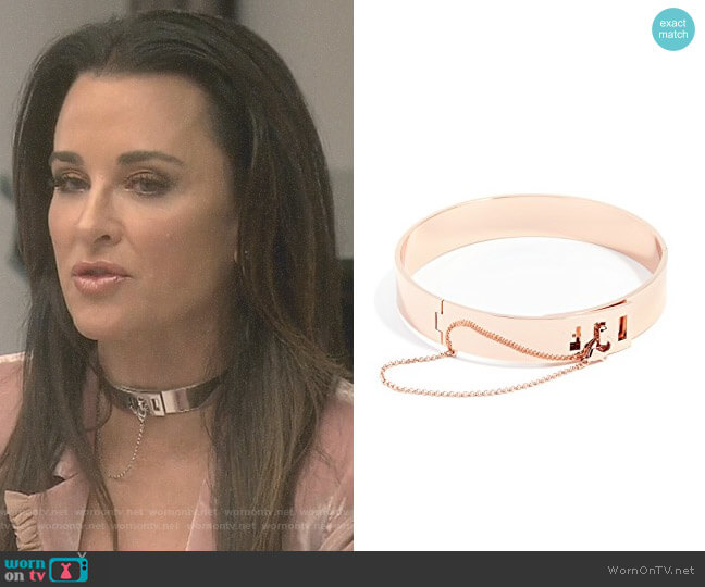 Safety Chain Choker Necklace by Eddie Borgo worn by Kyle Richards  on The Real Housewives of Beverly Hills