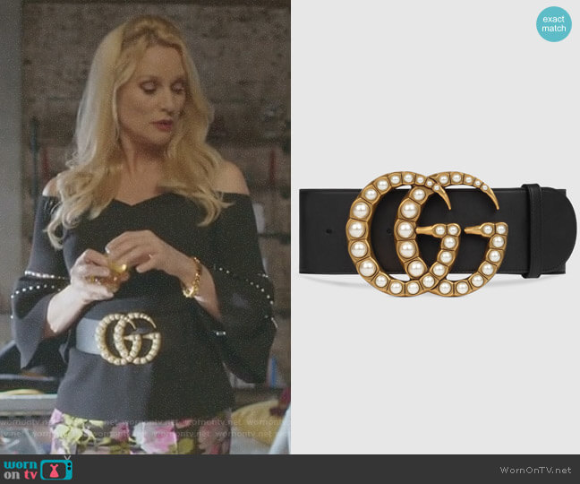 Wide leather Belt with Pearl Double G by Gucci worn by Alexis Carrington (Elaine Hendrix) on Dynasty