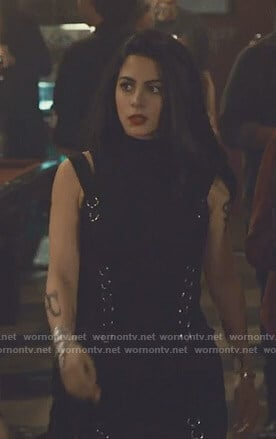 Isabelle's black ring detail mini dress on Shadowhunters
