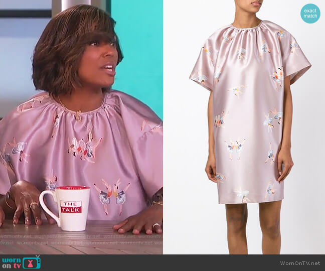 Ballerina Print Shift Dress by Rochas worn by Aisha Tyler  on The Talk