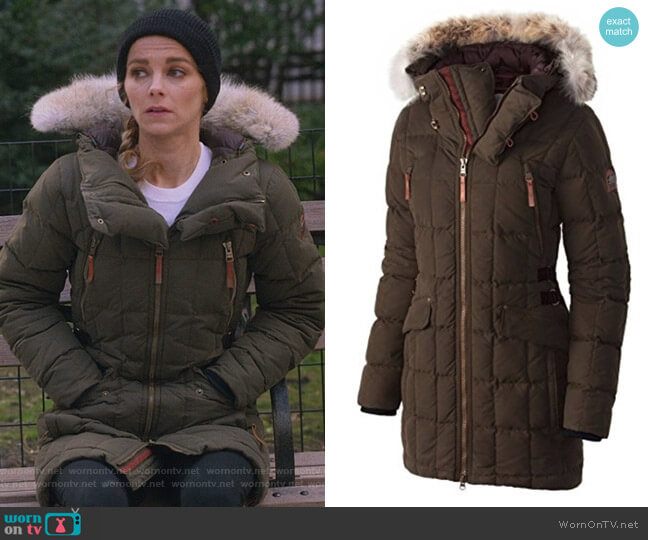Conquest Carly Parka by Sorel worn by Lizzie Needham (Bojana Novakovic) on Instinct