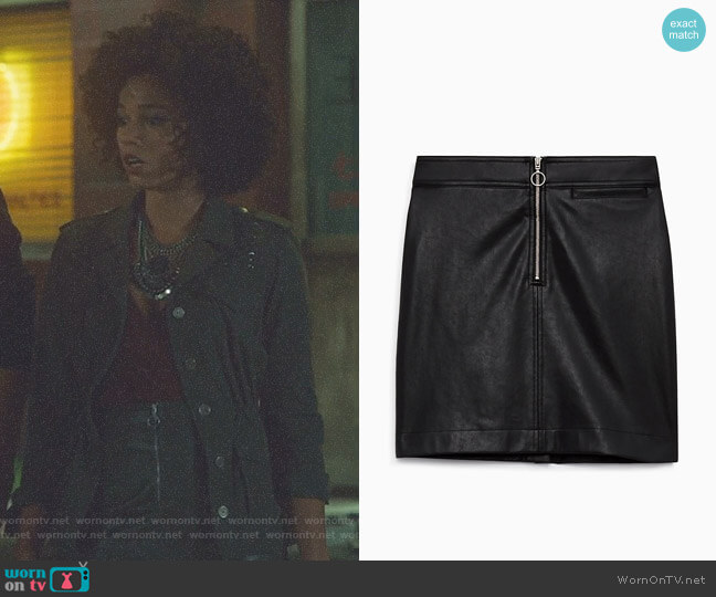 'Roxanne' Skirt by Wilfred Free worn by Alisha Wainwright  on Shadowhunters
