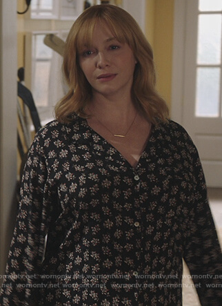 Beth's black floral print pajamas on Good Girls
