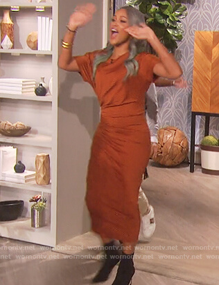 Eve's brown striped ruched dress on The Talk