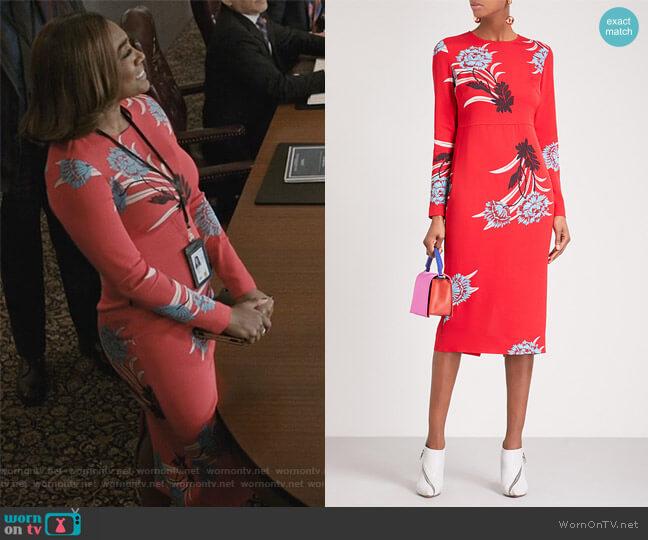 Floral-print crepe midi dress by Diane von Furstenberg worn by Daisy Grant (Patina Miller) on Madam Secretary