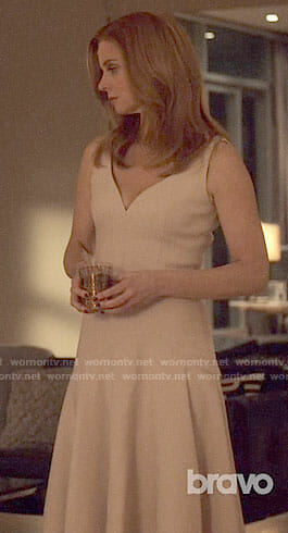 Donna's blush v-neck dress on Suits