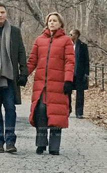 Elizabeth's long red parka on Madam Secretary