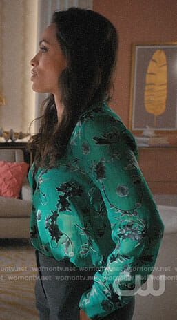 JR's green floral blouse on Jane the Virgin