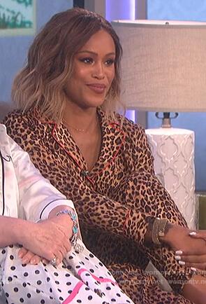 Eve's leopard print pajamas on The Talk