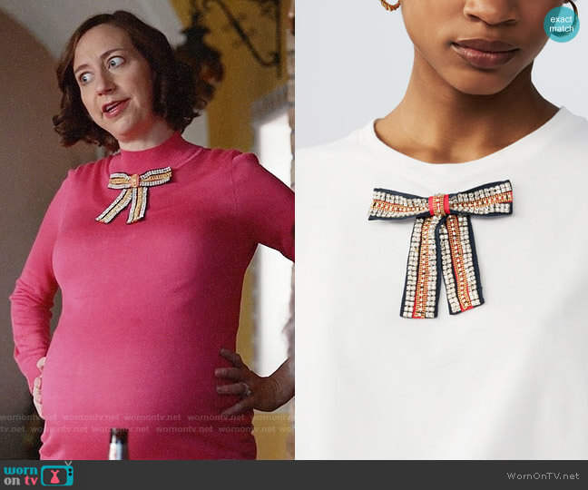 Maje Tadeo T-shirt Bejeweled Bow worn by Kristen Schaal on Last Man On Earth