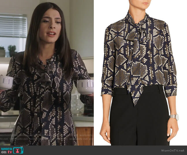 Pussy-bow snake-print silk-crepe blouse by Marc Jacobs worn by Alexis Gleen (Niki Koss) on Famous in Love