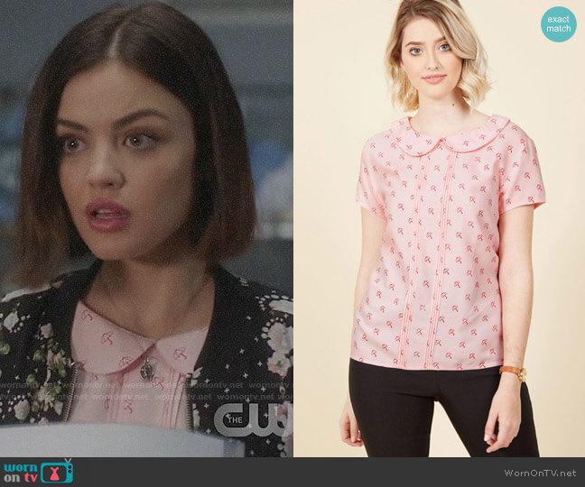 ModCloth Play Tell Top in Umbrellas worn by Stella Abbott (Lucy Hale) on Life Sentence