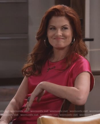 Grace's pink top on Will and Grace