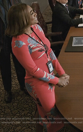 Daisy's red floral print long sleeve dress on Madam Secretary