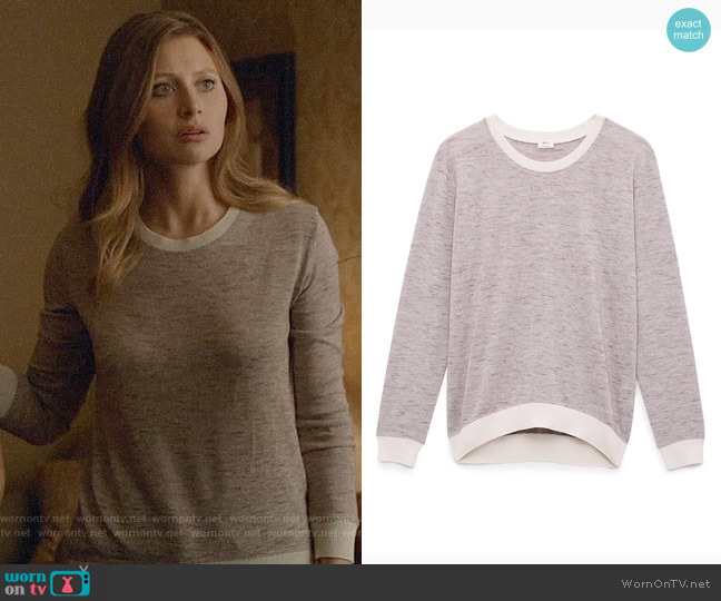 Aritzia Wilfred Berri T-shirt worn by Peyton Charles (Aly Michalka) on iZombie