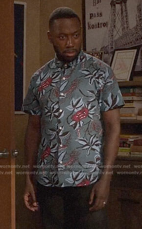 Winston's blue floral shirt on New Girl