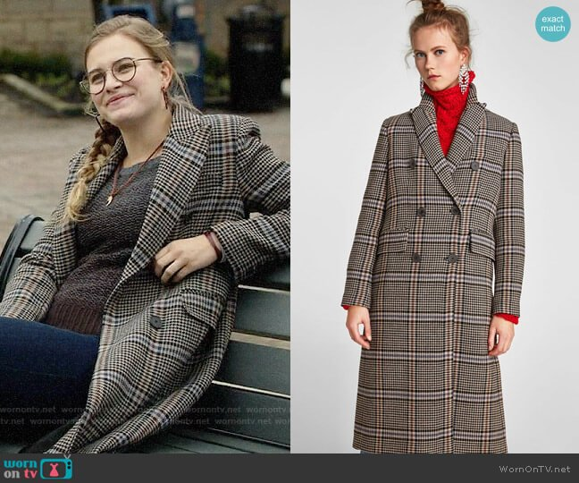 Zara Oversized Check Coat worn by Margot on Once Upon a Time