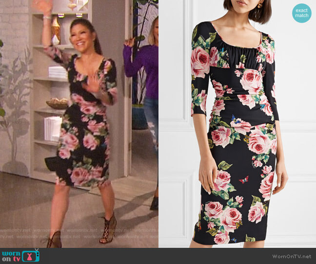 Ruched floral-print stretch-silk charmeuse midi dress by Dolce & Gabbana worn by Julie Chen on The Talk