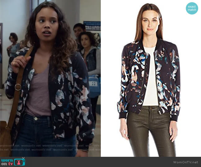 Cornucopia Drape Bomber by French Connection worn by Jessica Davis (Alisha Boe) on 13 Reasons Why