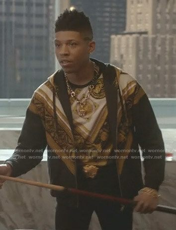 Hakeem's black printed t-shirt and hoodie on Empire