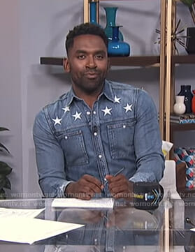 Justin's star print denim shirt on E! News Daily Pop