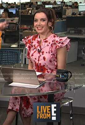 Melanie's pink floral ruffled sleeve dress on Live from E!