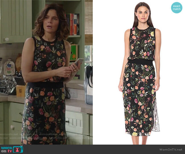 Lewie Dress by Theory worn by Heather Hughes (Betsy Brandt) on Life in Pieces