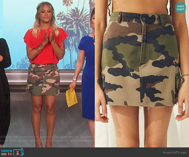 Urban Renewal Recycled Vintage Camo Mini Skirt worn by Eve  on The Talk