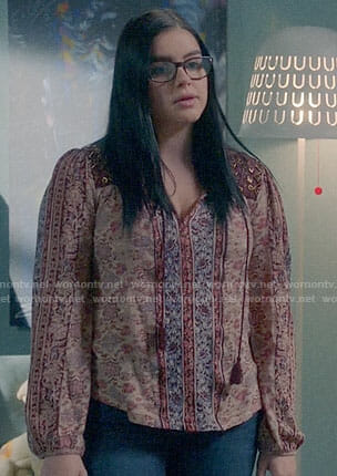 Alex's red peasant top on Modern Family