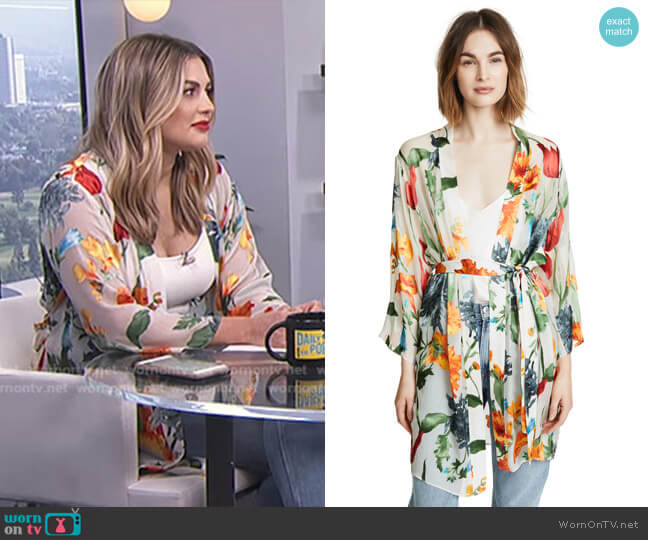 'Maylin' Robe with Belt by Alice + Olivia worn by Carissa Loethen Culiner on E! News