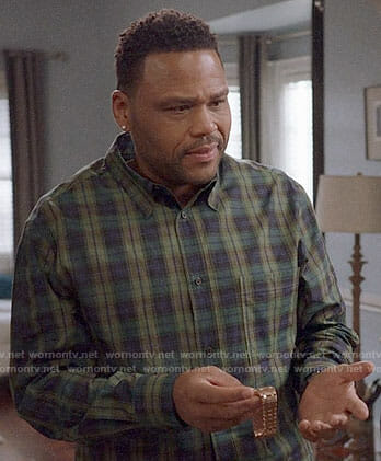 Andre's green plaid shirt on Black-ish