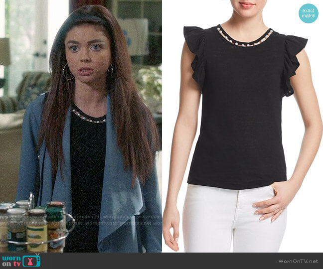 Aqua Embellished Flutter Sleeve Tee worn by Sarah Hyland on Modern Family