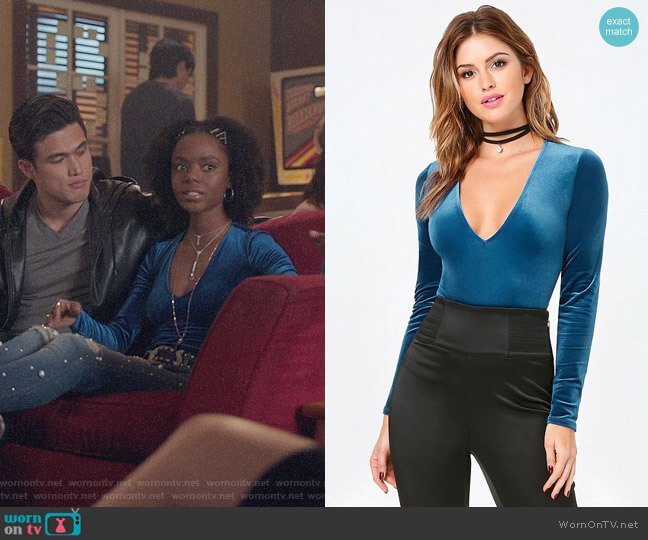 Bebe Cara Velvet Bodysuit worn by Josie McCoy (Ashleigh Murray) on Riverdale