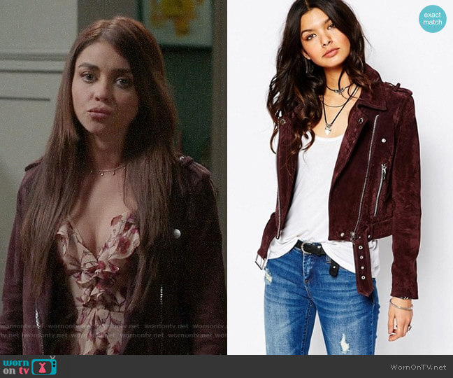 Blank NYC Suede Moto Biker Jacket worn by Sarah Hyland on Modern Family