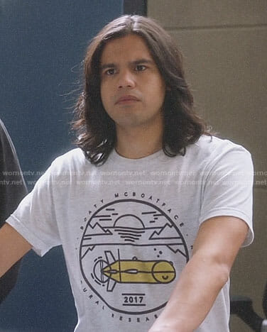 Cisco's Boaty McBoatface t-shirt on The Flash